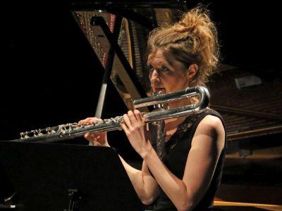 Delphine Roche - Flöte